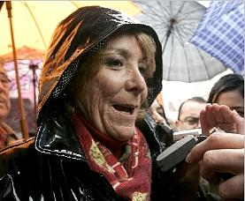 Esperanza Aguirre, la Espe, anticastrista