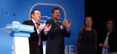 La política de fotos...de Rajoy y Sanz